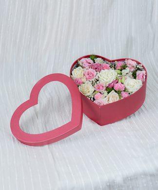 กล่องดอกไม้แทนหัวใจ