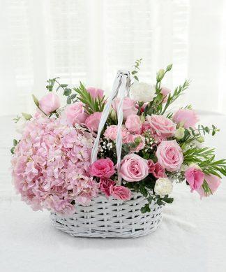กระเช้าดอกกุหลาบสีชมพู