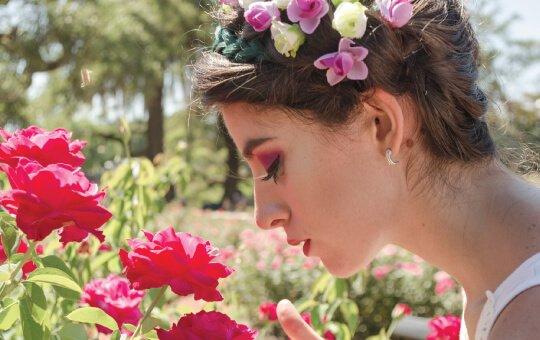 เลือกดอกไม้วาเลนไทน์ยังไง ให้เข้ากับบุคลิกสาวๆ
