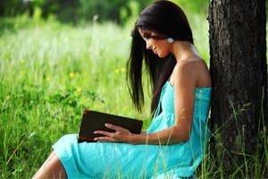 มอบหนังสือแทนความรัก