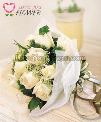 ช่อดอกไม้ Carina ดอกกุหลาบขาว ดอกยิปซี