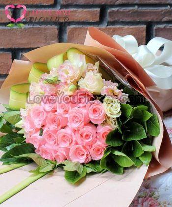 ช่อดอกไม้ Cheryl ดอกกุหลาบชมพู ดอกไลเซนทัสขาวขลิบชมพู