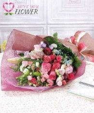 ช่อดอกไม้ Malaika ดอกกุหลาบโทนชมพู ดอกลิลลี่
