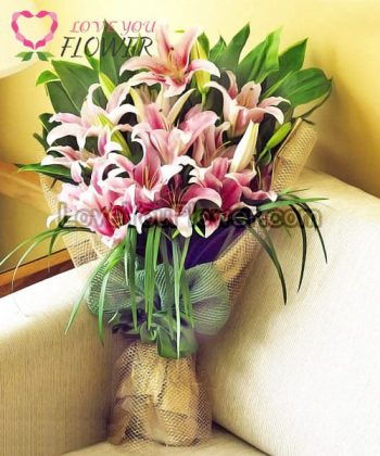 ช่อดอกไม้ Anthea ดอกลิลลี่ชมพู
