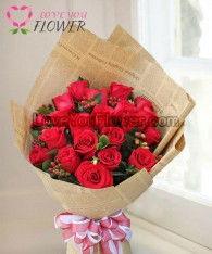 ช่อดอกไม้ LaRoux ดอกกุหลาบแดง