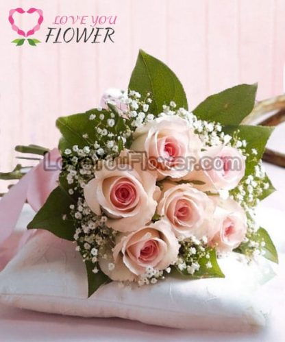 ช่อดอกไม้ Irene กุหลาบขาวชมพู ดอกยิปโซ