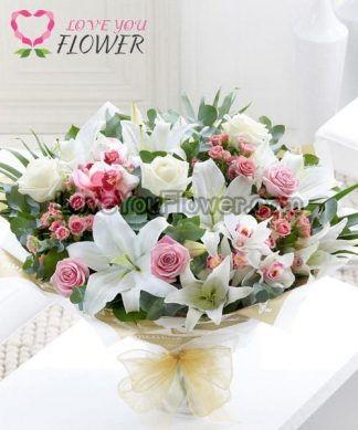 ช่อดอกไม้ Eranna ดอกลิลลี่ ดอกกุหลาบ