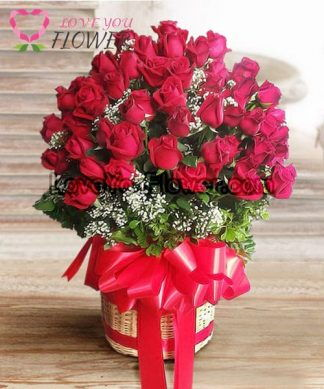 กระเช้าดอกไม้ Rosamaria ดอกกุหลาบแดง ดอกยิปโซ