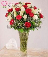 แจกันดอกไม้ Shaquilla ดอกกุหลาบ