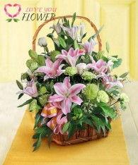 กระเช้าดอกไม้ Timber ดอกคาร์เนชั่น ดอกลิลลี่