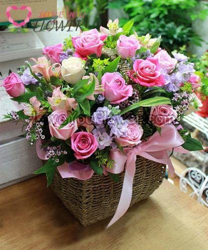 กระเช้าดอกไม้ Felisa ดอกกุหลาบ อัลสโตรมีเรีย