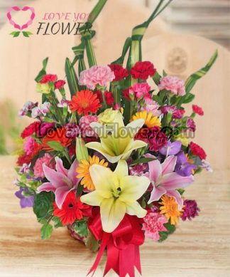 กระเช้าดอกไม้ Bliss ดอกคาร์เนชั่น ดอกลิลลี่