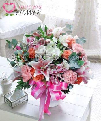 แจกันดอกไม้ Cinnia ดอกลิลลี่ ดอกกุหลาบ