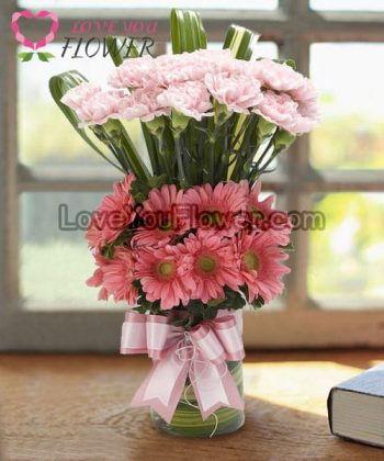 แจกันดอกไม้ Caren ดอกคาร์เนชั่นสเปรย์ ดอกเยอบีร่า