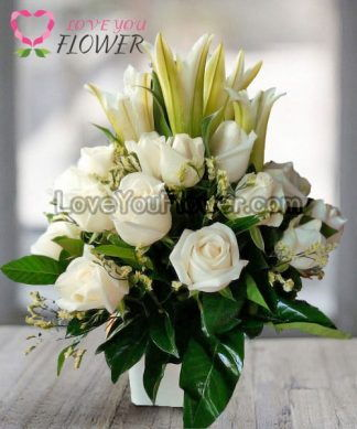 แจกันดอกไม้ Sydney ดอกกุหลาบ ดอกลิลลี่