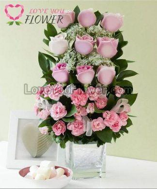 แจกันดอกไม้ Kevonna ดอกกุหลาบ ดอกคาร์เนชั่นสเปรย์