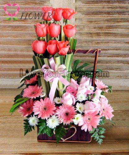 กระเช้าดอกไม้ Albertina ดอกกุหลาบ ดอกเยอบีร่า