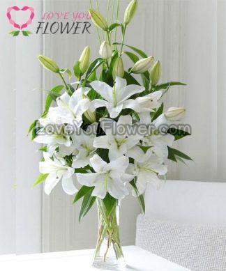 แจกันดอกไม้ Lillybelle ดอกลิลลี่ขาว