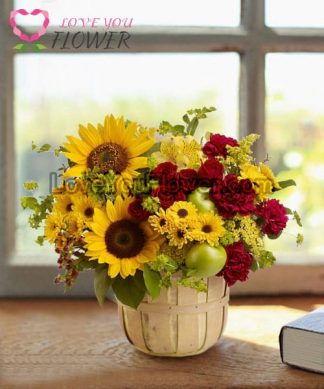 กระเช้าดอกไม้ Clytie ดอกทานตะวัน ดอกกุหลาบ