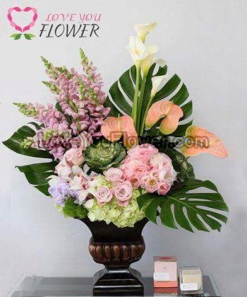 แจกันดอกไม้ Stephanie ดอกกุหลาบ ดอกไลเซนทัส