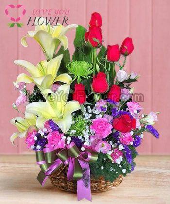 กระเช้าดอกไม้ Pansy ดอกลิลลี่ ดอกกุหลาบ