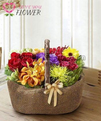 กระเช้าดอกไม้ Adelma ดอกกุหลาบ ดอกคาร์เนชั่น