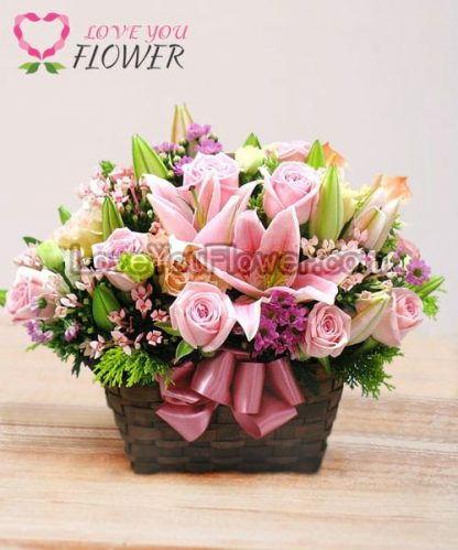 ช่อดอกไม้ Parthenia ดอกลิลลี่ ดอกกุหลาบ