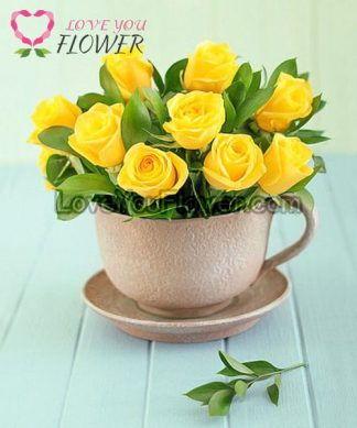 แจกันดอกไม้ Starcia ดอกกุหลาบเหลือง