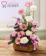 กระเช้าดอกไม้ Colleem ดอกกุหลาบ ดอกเยอบีร่า