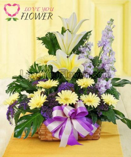 กระเช้าดอกไม้ Cherish ดอกลิลลี่สีกล้วยหอม