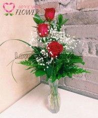 แจกันดอกไม้ Syna ดอกกุหลาบแดง