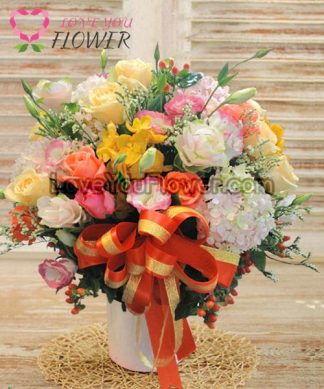 แจกันดอกไม้ Anthonina ดอกกุหลาบ ดอกไลเซนทัส