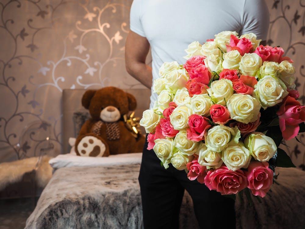 เตรียมซื้อดอกไม้วาเลนไทน์ให้แฟนล่วงหน้า เพื่อกันปัญหาที่อาจจะเกิดขึ้น