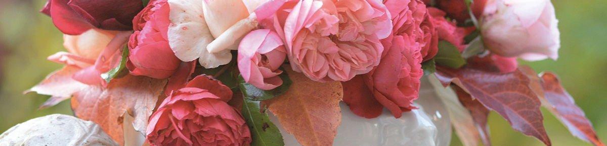แจกันดอกไม้ประดิษฐ์แทนคำขอบคุณ