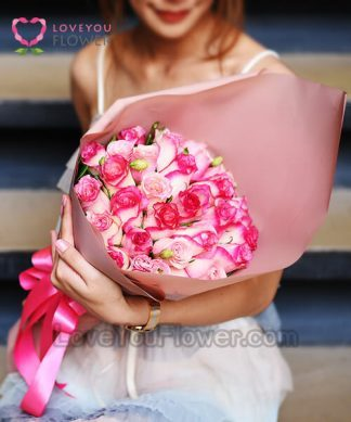"Valentine ""รักนี้ยังงดงาม"""