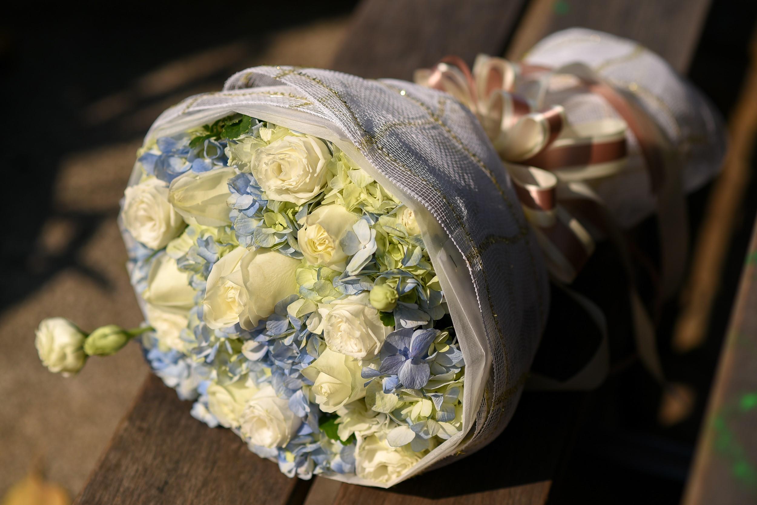 จัดส่งดอกไม้สวยๆ ถึงมือสาวคนรู้ใจในประเทศ