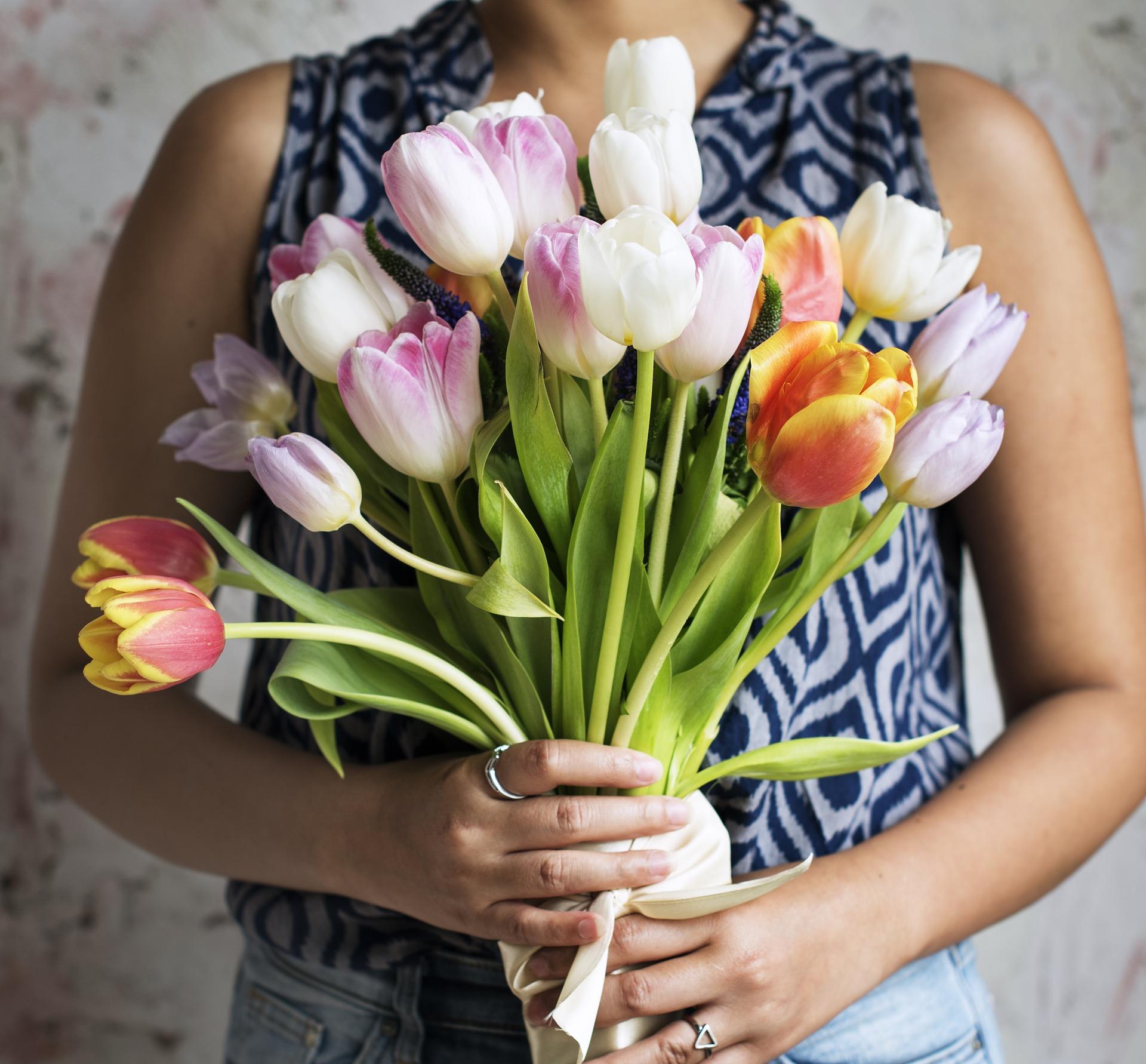 การดูแลดอกไม้