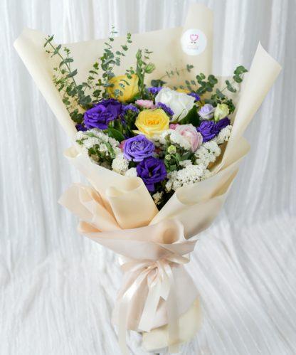ช่อดอกไม้ช่อใหญ่มอบให้แฟน