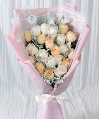 ช่อดอกกุหลาบคละสีช่อใหญ่