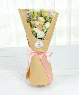 ช่อดอกไลเซนทัสให้คนรัก