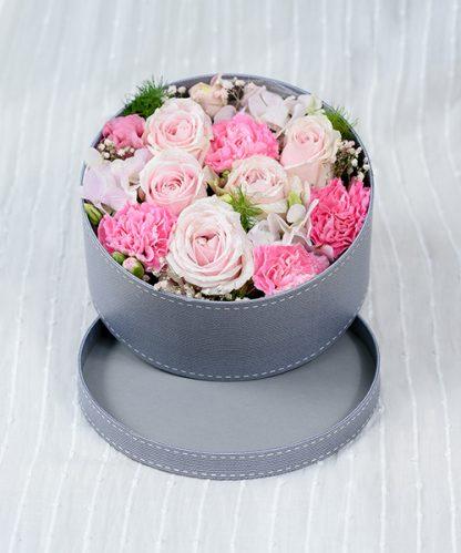 กล่องดอกไม้สไตล์มินิมอลสีชมพู