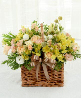 กระเช้าดอกกุหลาบสีส้ม