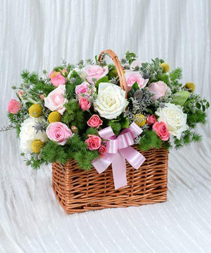 กระเช้าดอกไม้มอบความรู้สึกจากใจ