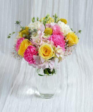 แจกันดอกไม้คละสี