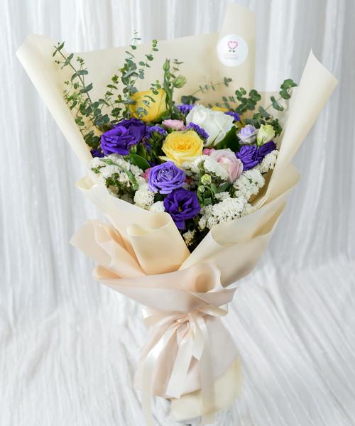 ดอกกุหลาบมอบให้วันวาเลนไทน์ 5 ดอก
