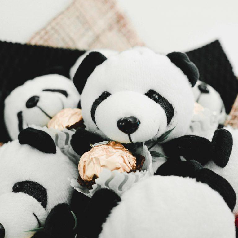 ตุ๊กตาหมีแพนด้า วาเลนไทน์ ตัวอ้วน น่ากอดแถมยังความหมายดี